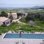 Totale Solarschirm und Pool