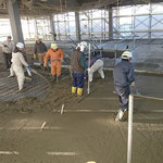 H30.12.21 2階フロアのコンクリート打設が行われました。