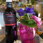 Wein und Blumen als Set