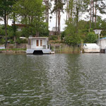 Nicht alle Hausboote schwimmen wirklich!