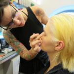 Make-Up Spezialistin Katharina Lenz