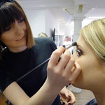 ... Make-Up by Vanessa Meixner ...