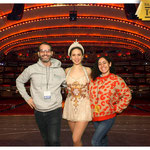 Marce y Lu en el VIP tour del Radio City Music Hall junto a una Rockette