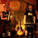 The Shamrock - Kassel mit 6- strings-and-a-Drum