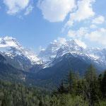 Kurz hinter Madonna di Campiglio - tolle Ausblicke auf die Brenta-Dolomiten