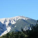 Die Nordseite des Mont Ventoux - wir müssen auf die andere Seite um ihn zu erklimmen