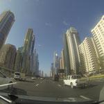 Unterwegs auf der Sheik Zayed Road