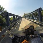 Die Grenze nach Österreich - die Brücke über die March