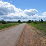 Unendliche Naturstrassen durch unberührte Landschaften