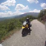 Letzte Blicke hinunter zum Prespa-See