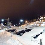 Deutlich winterlicher als morgens in MUC - vor dem Fluhafen Rovaniemi