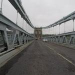 Über die Menai Bridge gelangen wir von Angelsey auf´s Festland