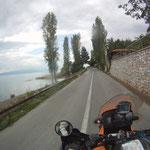 Entlang des See´s gnähern wir uns Ohrid