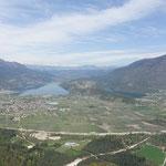 Lago di Caldonazzo und Lago di Levico. Rechts daneben Levico Terme