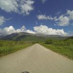 Noch ein wenig Kurvenspaß entlang des Ohrid-Sees