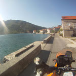 Tolle Aussichten entlang der Bucht von Kotor