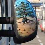 Kunstvoll gestalteter Außenspiegel
