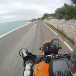 60Kilometzer Kurvenspaß entlang der Küste....