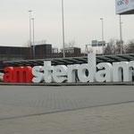 Zwischenlandung in Amsterdam-Schiphol