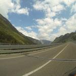 Bei Belluno erreichen wir den Südrand der Alpen