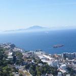 Blick über die Straße von Gibraltar hinber nach Marokko