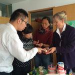Zu Besuch in unserem Büro der Arbeitsgemeinschaft: Eine sehr nette Delegation chinesischer Ärzte.