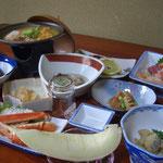 佐々木旅館 旬のものが並ぶ料理