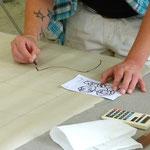 Vergrößerung des Entwurfs mittels Gitternetz auf Transparentpapier
