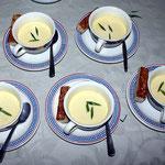 Flan d'oignons doux et panini de volaille