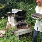 こちらはブロックを積んだ簡単ピザ窯!