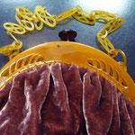 Vintage lucite/bakelite frame, fabric has been professionally renewed: rust red velvet. 26 cm x 26 cm Price: €190