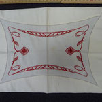 French Art Nouveau linen doily. Lovely red embroidery,  34 x 25 cm. €65
