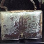 Abendtasche, silberfarb. Material, Drahthenkel, USA 80er Jahre - verkauft/sold