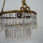Frankreich, 19. Jahrhundert. Kronleuchter, Kristall Massivmessing. 2 -lagig. Alles vorhanden. Eine Leuchstelle, altes Kabel entfernt. Höhe 84cm, Durchmesser: 31 cm. Preis: € 650