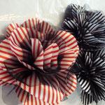 Gestreift, blau/weiss, schwarz/weiss, rot/weiss, Nadel/Haarklammer, €22