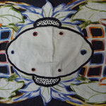 Superb linen cloth, art nouveau. All hand embroidered. Richelieu. 88 x 37 cm. €130
