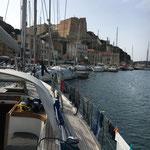 Im Hafen von Bonifacio