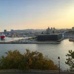 Das Mucem und der Fährhafen von Marseille