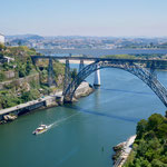 jüngere Brücke über den Douro