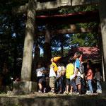 東宮神社のチェックポイントで問題に挑戦