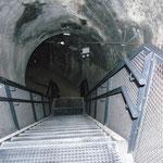 Afdalen naar de tunnel