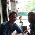 Tom und Yves und großes Käseomelette