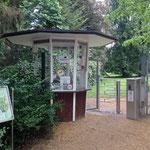 Bad Pyrmont: ein Eingang zum Kurpark