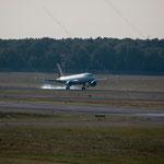 2014-09-04 Berlin-Tegel-Flughafen 022 OO-SSV Airbus A319-111© Pekasus1988