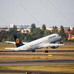 2014-09-04 Berlin-Tegel-Flughafen 041 D-AIZF Airbus A320-214© Pekasus1988