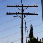 2010-08-24 Spanien - Alicante  - Sinnbefreiter Strommast © Pekasus1988