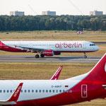 2014-09-04 Berlin-Tegel-Flughafen 035 D-ABCJ Airbus A321-211 D-ABKP Boeing 737-86J© Pekasus1988
