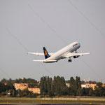2014-09-04 Berlin-Tegel-Flughafen 048 D-AISJ Airbus A321-231© Pekasus1988