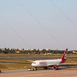 2014-09-04 Berlin-Tegel-Flughafen 013 D-ALPB Airbus A330-223© Pekasus1988