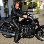 27.06.2014: Bernd Stephany aus Schopfheim mit seiner TRIUMPH Rocket III